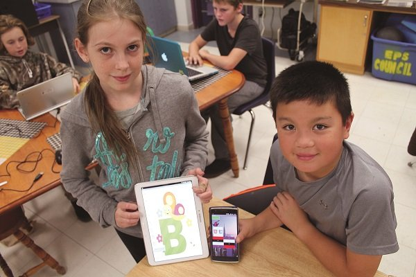 students use devices to make their own apps