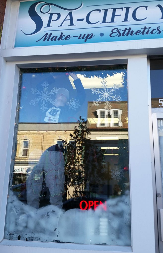 In November 2017, SHSM students from CDDHS designed the holiday storefronts of 8 local businesses.