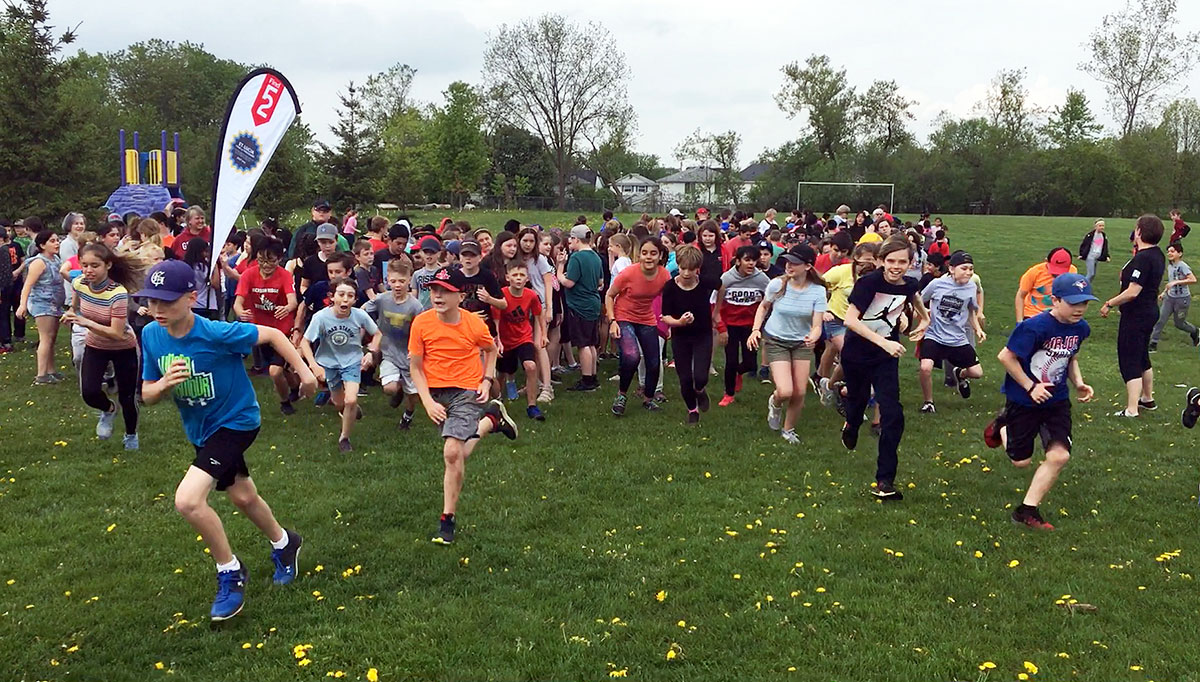 On Thurs. May 30, 2019, Rickson Ridge PS held a Pass the Baton event and were joined by staff and students from CCVI.